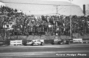 1979-CheckeredFlag